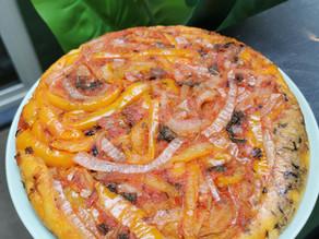 Tatin poivrons, oignons et crème de cajou au basilic pourpre