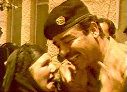 الدكتور يونس الحاج - صدام الإنسان ، والعجوز العراقية