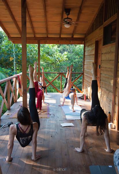 4 Wild Retreat Costa Rica Ahelia Haza DAnse Fusion Yoga.jpg