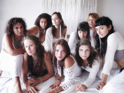 2 Sand Dance Retreat Haza Ahelia DAnse Fusion Yoga Prenatal Rituel Cercle de femme.jpg