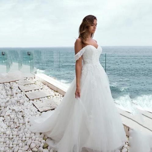EA150 Adorable Off Shoulder Bleach Lace Wedding Gown