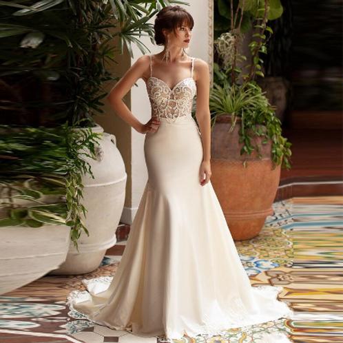 EA181 Elegant Sweethaert Beaded Embroidered Wedding gown