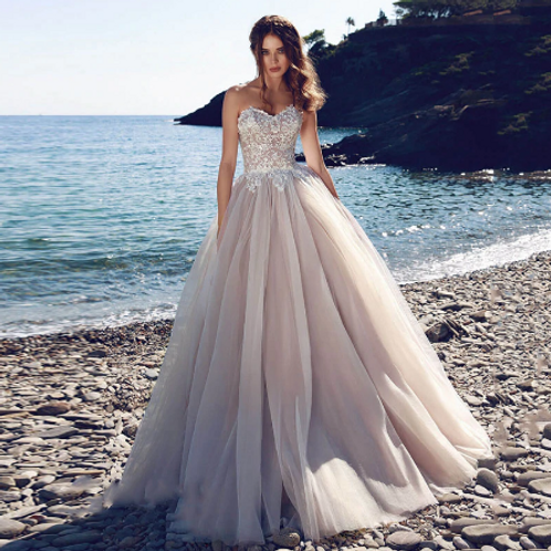 EA121 Gorgeous Princess Lace Tulle Wedding gown