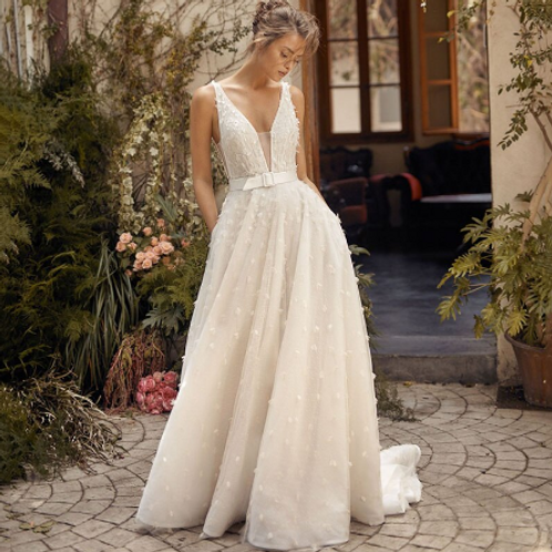 EA170 Sweet BOHO Flowery V-Neck Backless Gown