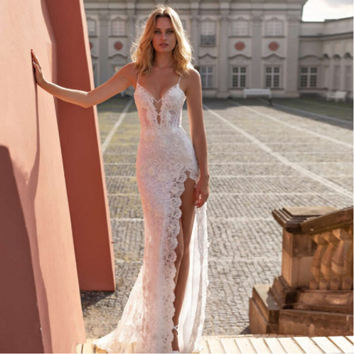 EA128 Sexy Lace Sweet heart wedding gown