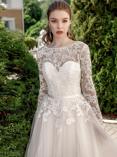 EA182 Sweetheart Long sleeve Lace Gown with Corset