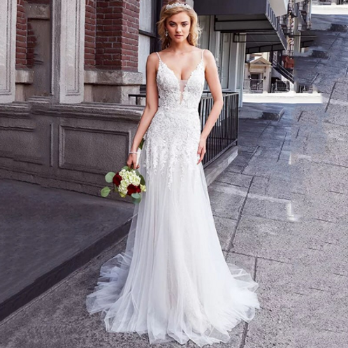 EA149 Gorgeous Backless Pretty Lace Wedding Gown