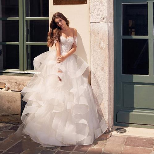 EA168 Sweet Princess Off Should Raffled Gown