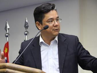 Onishi é presidente da Comissão de finanças e meio ambiente