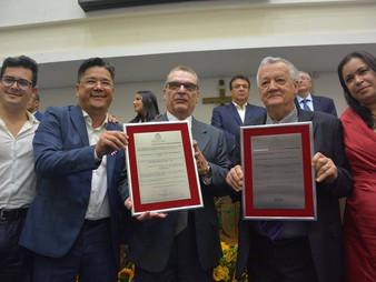 Vereador Onishi homenageia duas pessoas para o título de cidadão taboanense