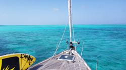glovers-atool-belize-sailboat