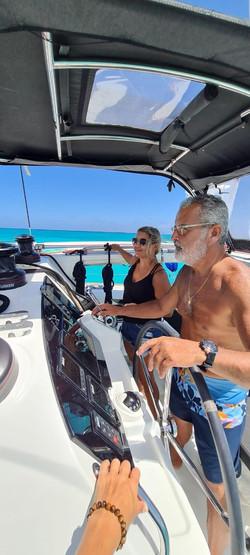 ;catamaranlagoon40fts-captain