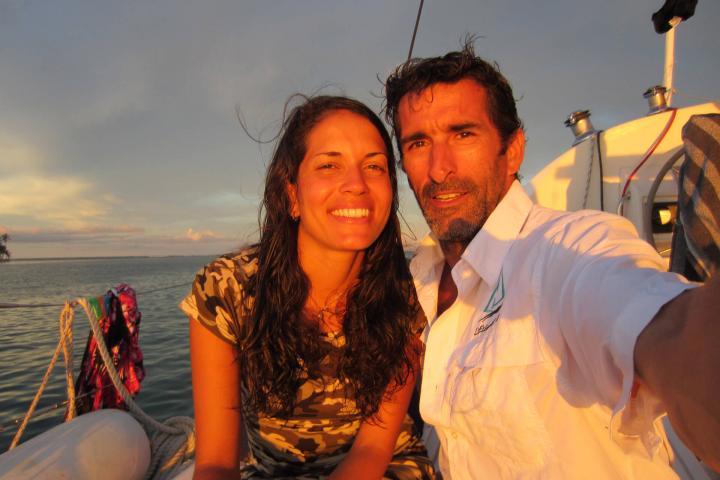 Catamaranlagoo41fts_hostess