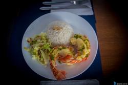 Lagosta com arroz e salada