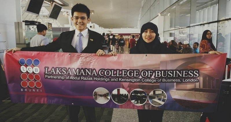 (L to R) Edry and Radhiah representing Laksamana College of Business to Japan