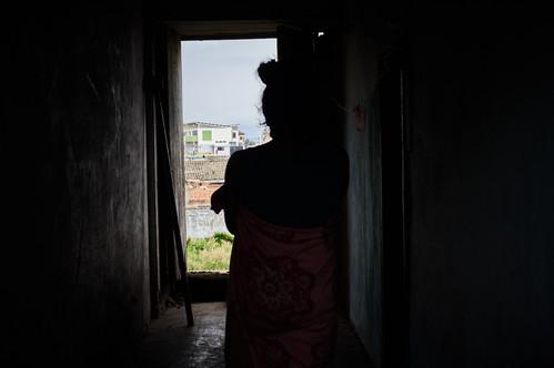 """""""Lo único que puedo esperar es que pase esta pandemia y pueda regresar a trabajar en Perú. Colombia no es tan buen país para nosotros los migrantes"""" Antonella, 28."""