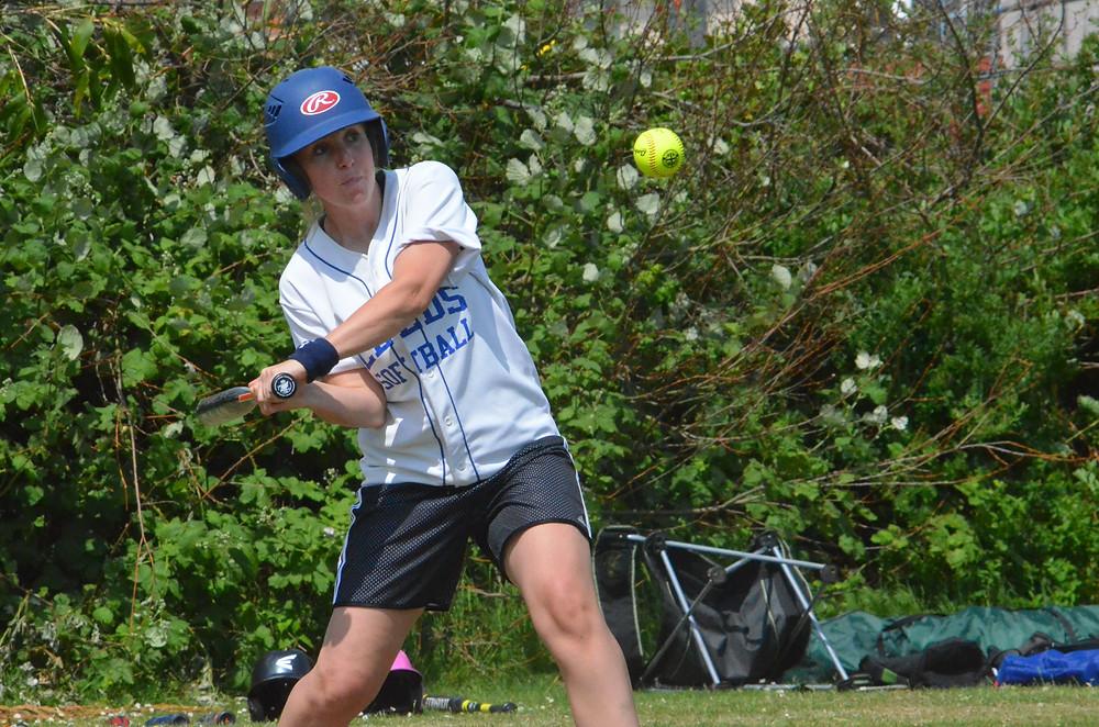 'LeedsChester' outfielder Linni Mitchell in batting action