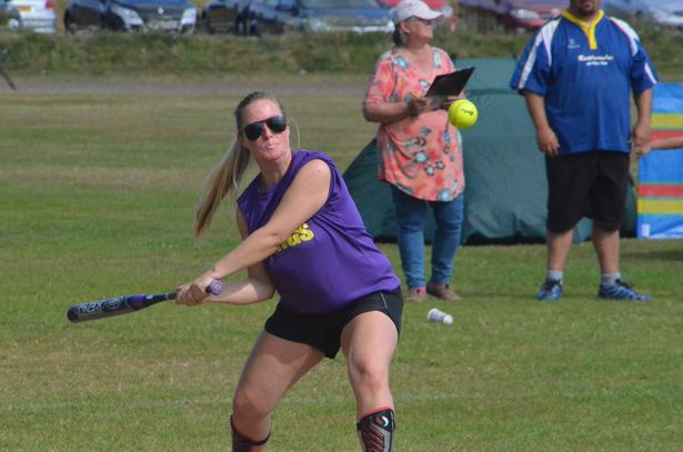 Vikings catcher Lara Bragg lets her bat do the talking