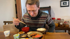 A restaurant like a farmhouse|Ayabe Tsumugi