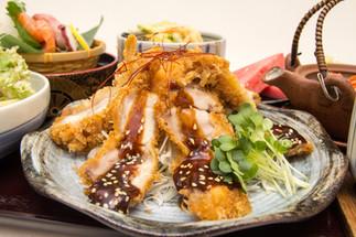 IMG_4843_Miso Katsu and Seafood Gozen.jp