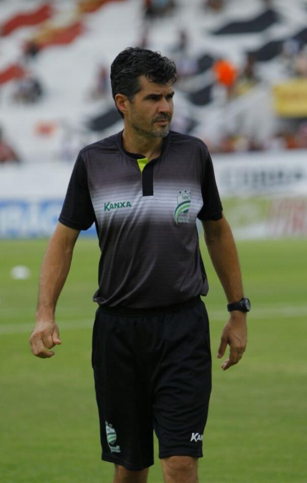 Donizete Nunes Treinador de Goleiros
