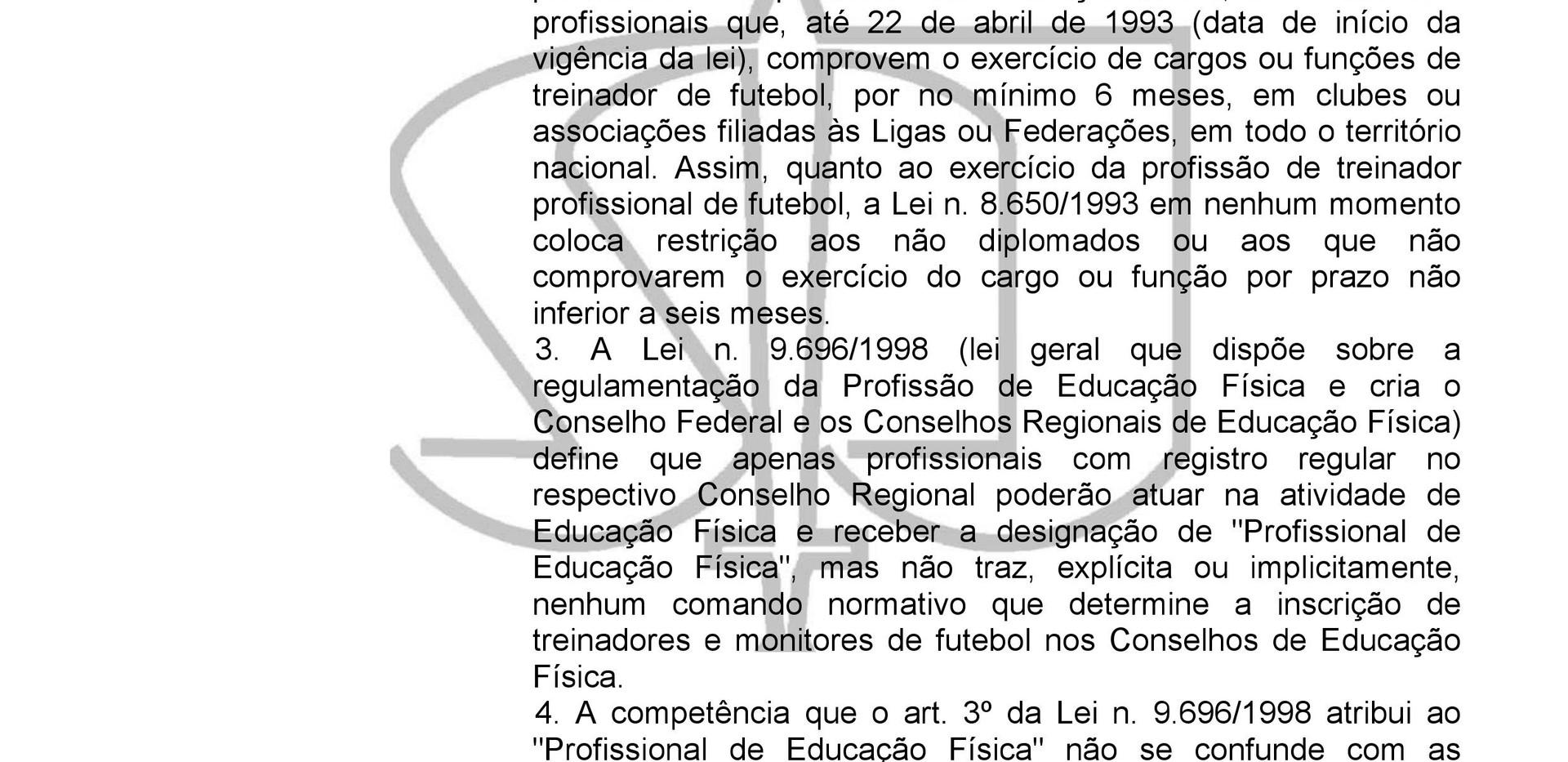 Treinador de Futebol / STJ Decisão 2015