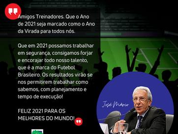TREINADOR DE FUTEBOL FELIZ 2021