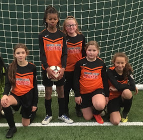Bilston_CofE_Girls_Football.JPG