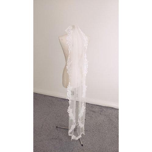 SALE VEIL - Carmen Lace Veil - IVORY