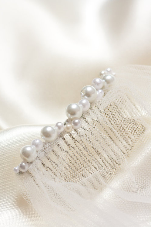 Thin Full Pearl Ivory Comb Decoration
