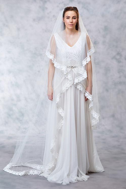 Daisy - Lace Edge Veil