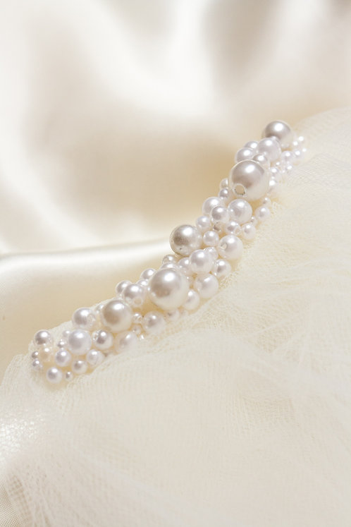 Wide Full Pearl Ivory Comb Decoration