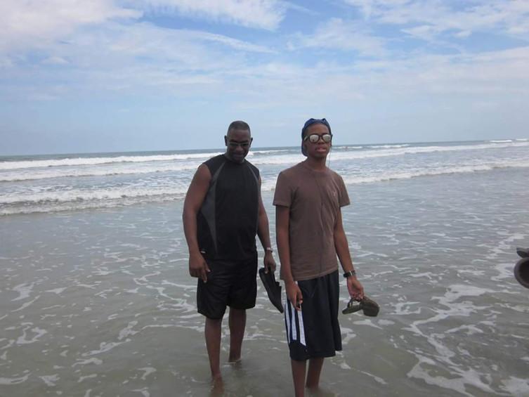 Jacksonville Beach, a stroll with Jordan