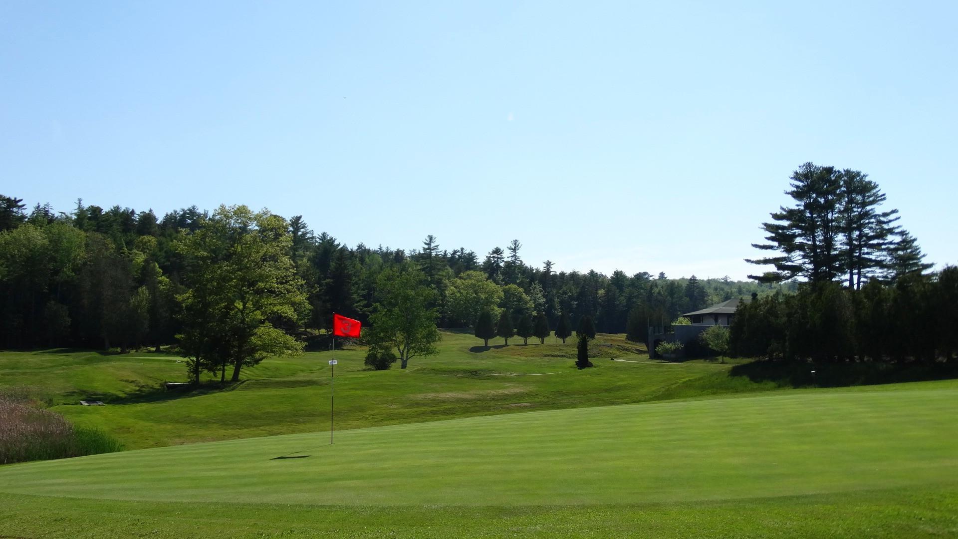 Ladies' Free Beginner Golf Clinic