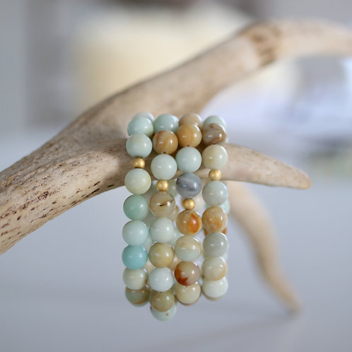 Amazonite bracelet with a golden bead