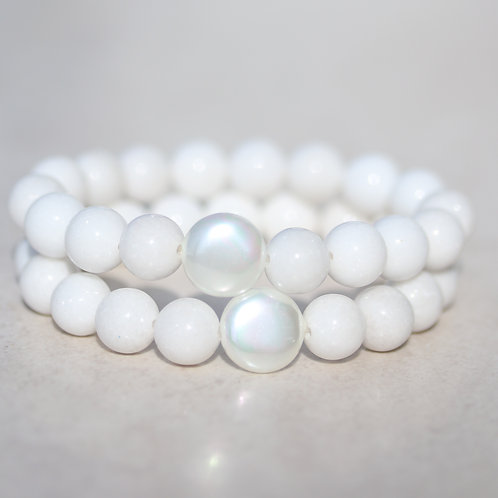White Mountain Jade and Mother of Pearl bracelet