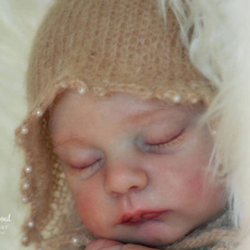 "Luca Asleep Doll Kit By Laura Tuzio Ross - 17.5""- LE1000"