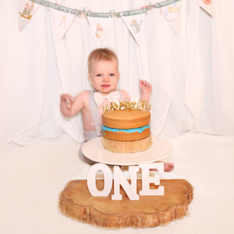 AKR_Photography_Events_Cake_Smash_01.jpg