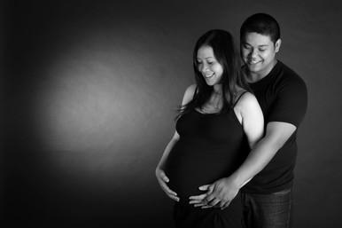 AKR_Photography_Portrait_Pregnancy_4.jpg