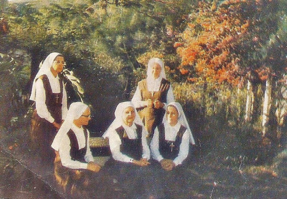 Nossa Mãe com as irmãs