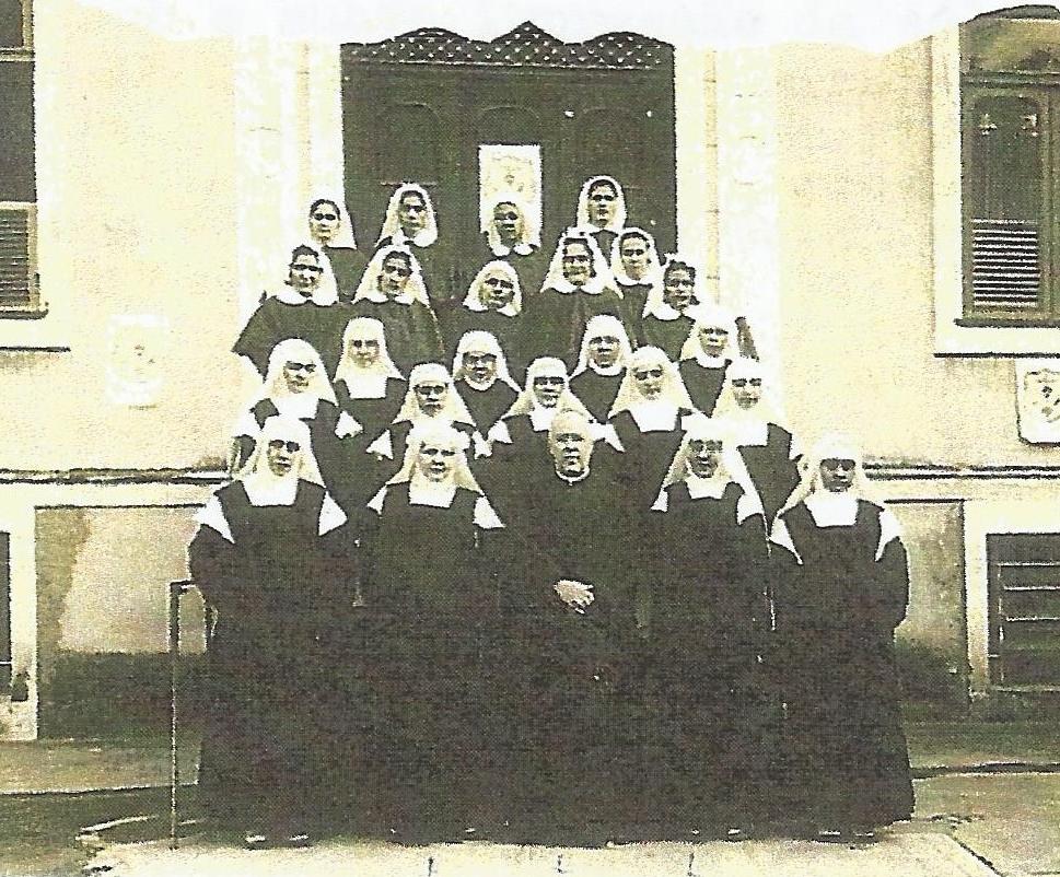 Irmãs com Dom Jaime