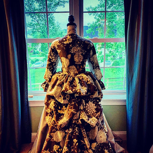 American 18th Century gown