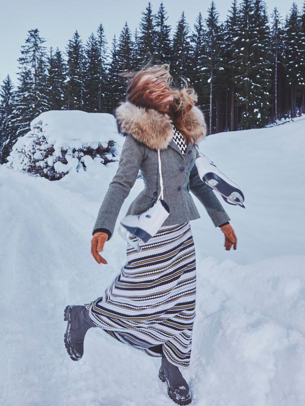 Woman-Snow-Olga-Rubio-Dalmau-13.jpg
