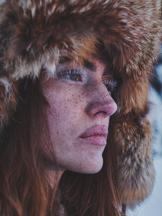 Woman-Snow-Olga-Rubio-Dalmau-18.jpg