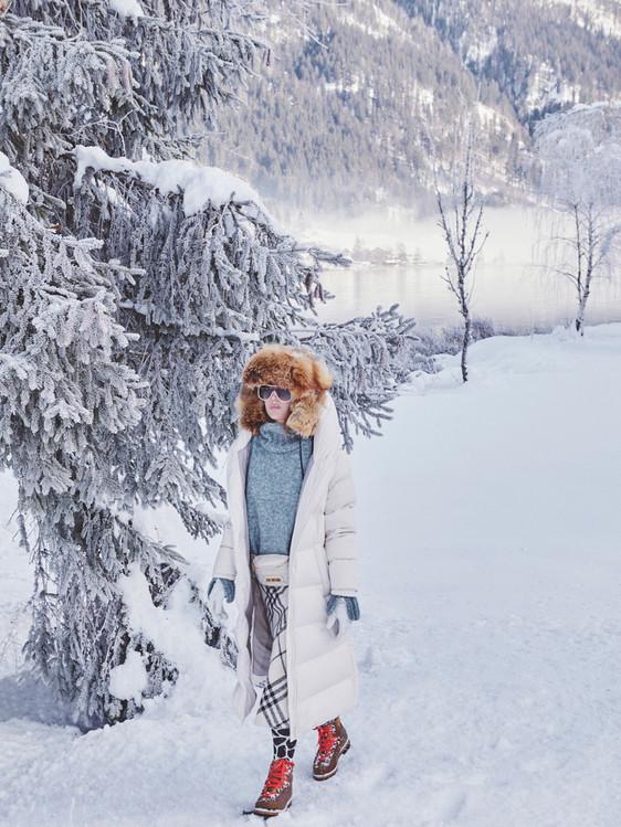 Woman-Snow-Olga-Rubio-Dalmau-5.jpg