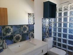 Casa das Oliveiras - WC Quarto Azul - Pe