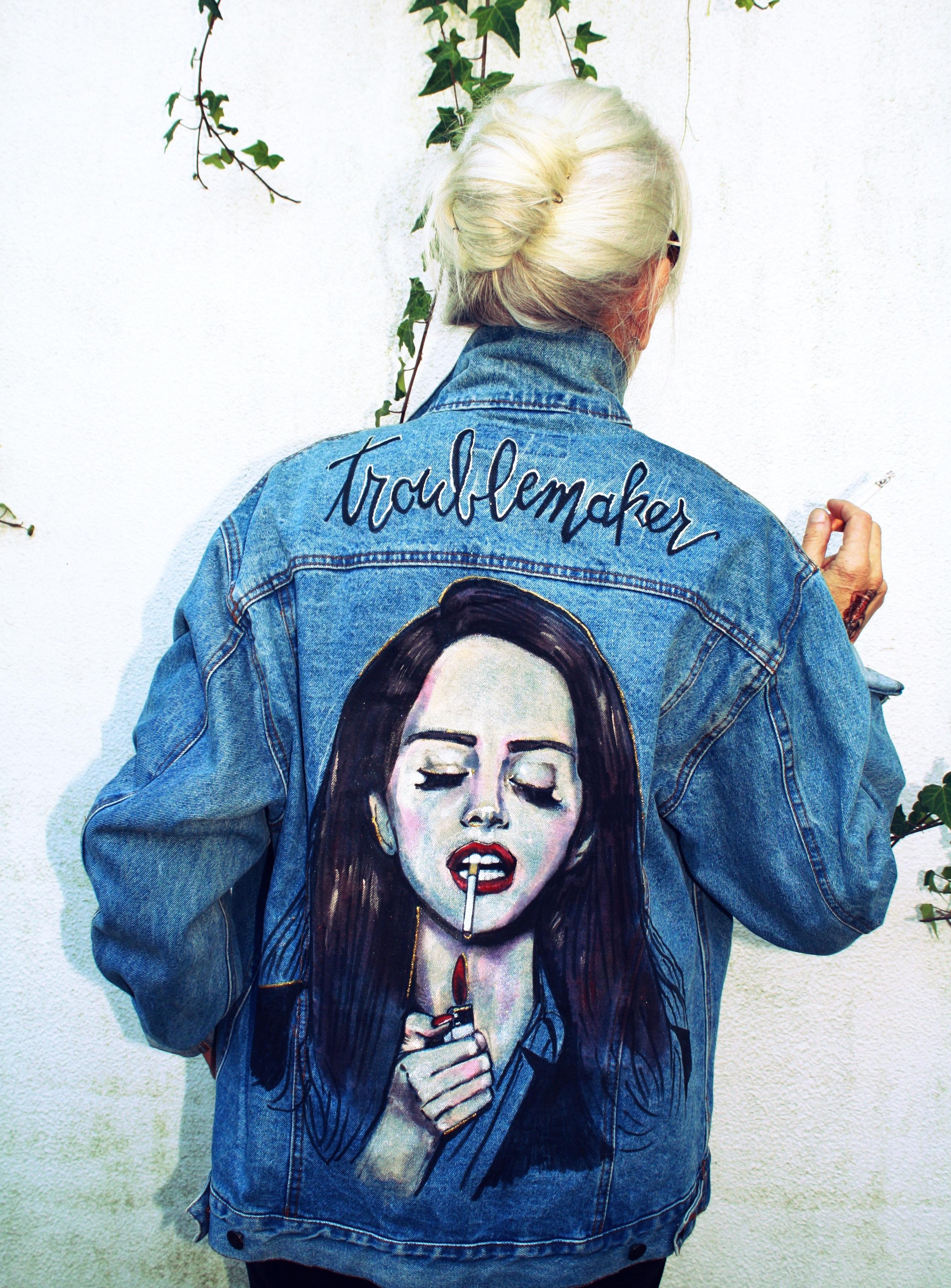 Lana del Rey's jacket