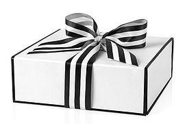 blk wh gift box.jpg