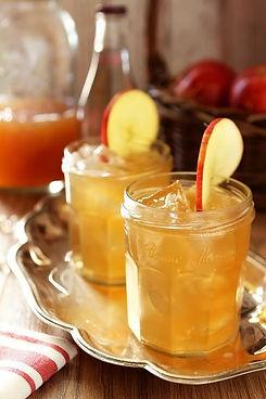 bourbon-apple-cider-1-Rev1 (1).jpg