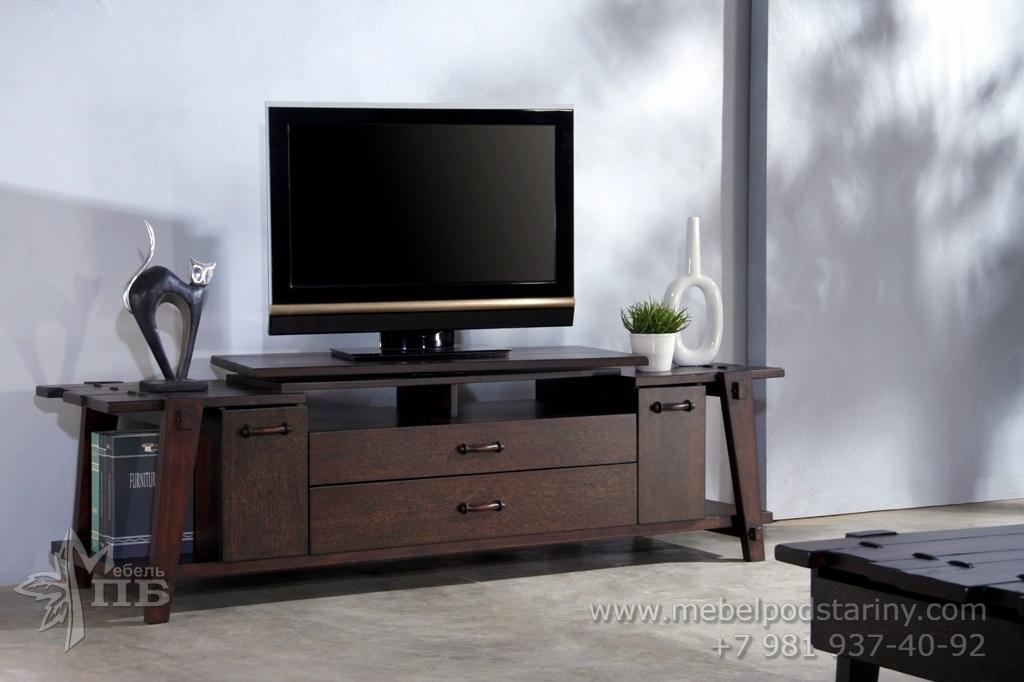 тумба под телевизор в колониальном стиле